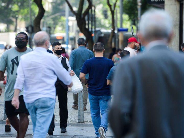 Covid-19: Brasil tem 27,3 mil casos e 737 mortes em 24 horas