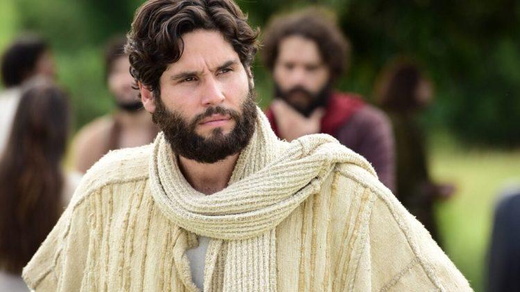 Dudu Azevedo como Jesus na novela da Record TV