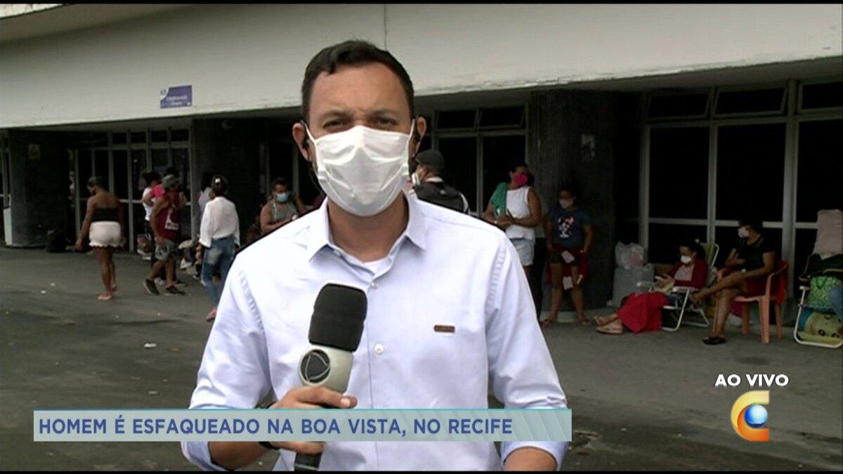 Repórter Rodrigo De Luna em ao vivo para a TV Clube, afiliada da Record TV em Pernambuco