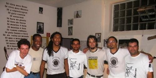 Portal Capoeira Contra Mestre Pernalonga, um Guerreiro... Mestres