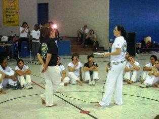 Portal Capoeira Ano Internacional da Mulher Capoeirista no Jornal do Capoeira Capoeira Mulheres