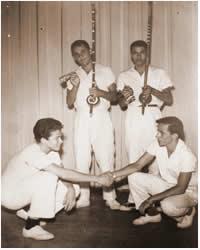 Itabuna, lançamento do livro: CAPOEIRA: de luta de negro a exercício de branco no cenário grapiúna