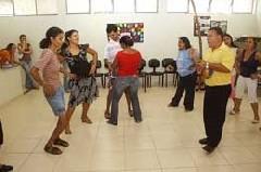 Portal Capoeira Brasilia: Capoterapia ajuda no equilíbrio Cidadania