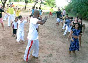 Portal Capoeira Capoeira no Campo: Filhos de agricultores participam de oficinas Cidadania