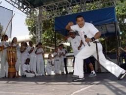 Portal Capoeira AACD incentiva pacientes a praticar esportes e Capoeira Capoeira sem Fronteiras