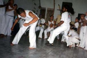 Portal Capoeira Crônica: O MESTRE DE CAPOEIRA Publicações e Artigos