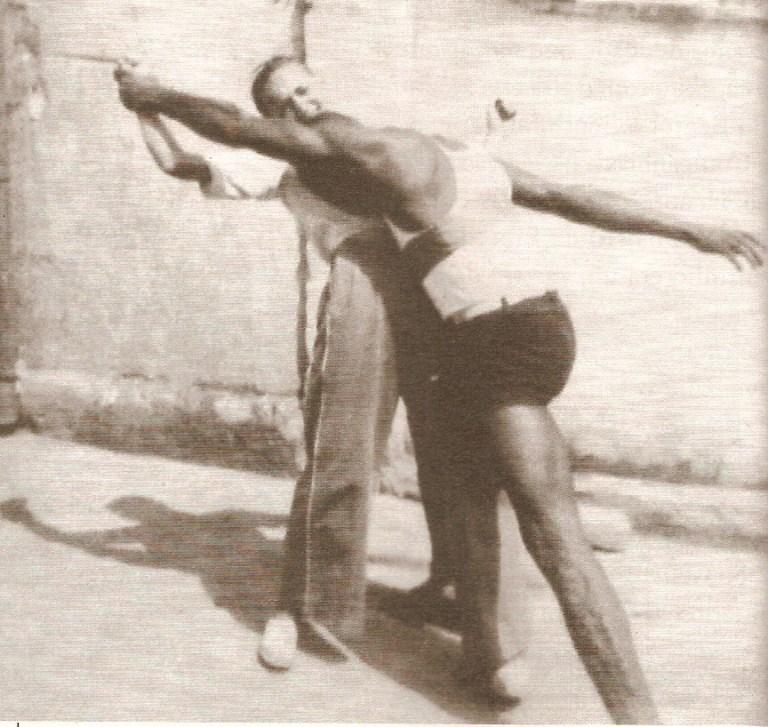 Portal Capoeira Doce de encanto de um velho felino Publicações e Artigos