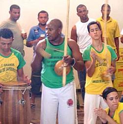Capoeira de luto pelo Mestre Negrito
