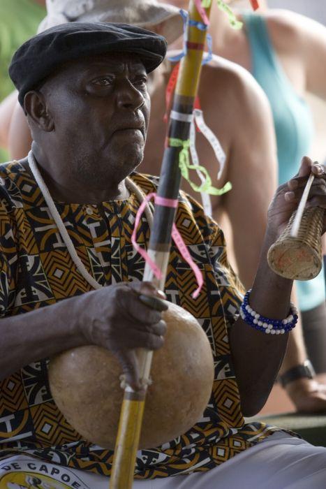 Portal Capoeira Mestre Pelé, o Gogó de ouro da Bahia Publicações e Artigos