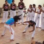 Portal Capoeira Rodas femininas: incentivo ou discriminação? Capoeira Mulheres