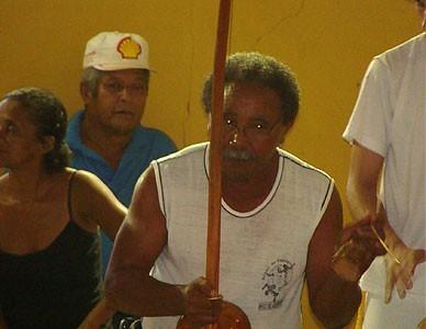 """Mestre Guerreiro e a Capoeira em uma vida inteira em """"guerra"""" pela paz"""