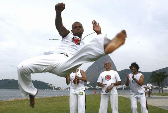 Portal Capoeira Capoeira: o segredo da elasticidade do herói Jefferson Notícias - Atualidades