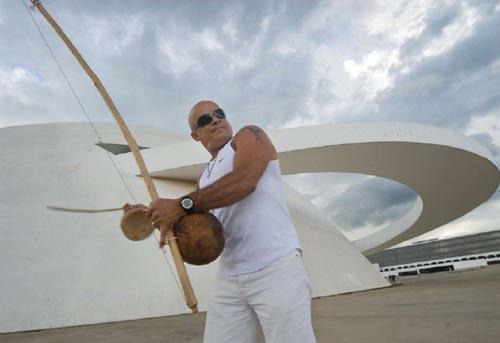Portal Capoeira Brasília: Capoeira - luta, dança e jogo da liberdade Notícias - Atualidades