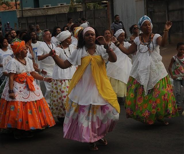 Afoxé Asè Omo Odé abre caminho para o Carnaval dos Tambores