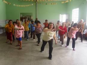Portal Capoeira 360 idosos são batizados na capoeira dentro do parque do Ibirapuera Capoeira sem Fronteiras