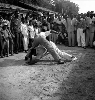 Portal Capoeira Capoeira, qual é a sua, Angola, Regional ou contemporânea? Publicações e Artigos