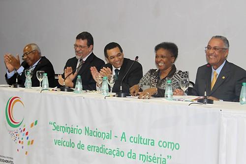 Portal Capoeira A Cultura como veículo de erradicação da miséria Cultura e Cidadania