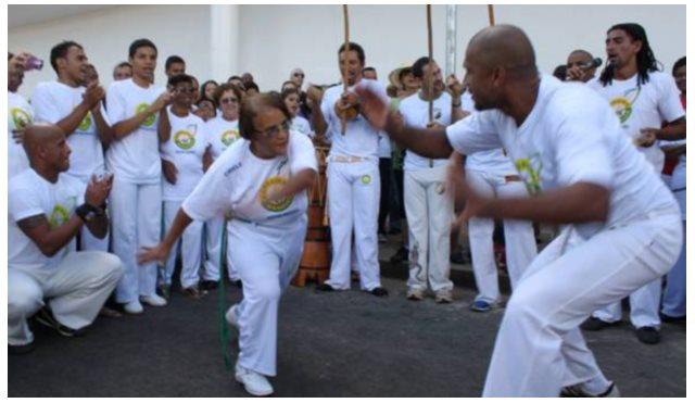 Portal Capoeira 380 idosos são batizados na capoeira e recebem graduação no próximo dia 07 de julho Cidadania
