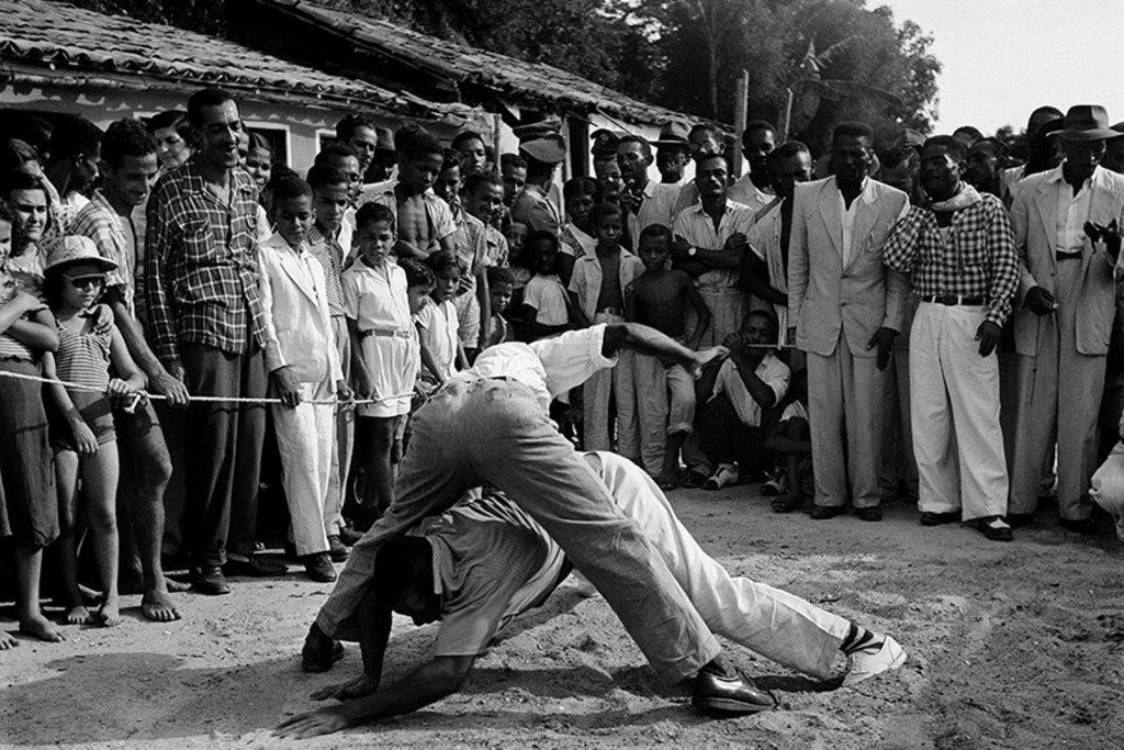 AO PÉ DO BERIMBAU Capoeira Curiosidades