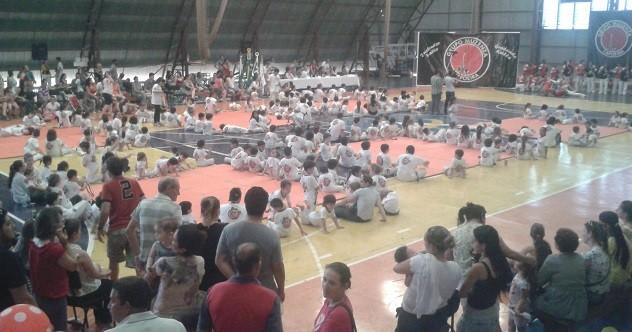 Portal Capoeira Foz do Iguaçu: Encontro Pedagógico de Capoeira Eventos - Agenda