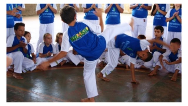Portal Capoeira Ortigueira: Capoeira na Casa da Criança Cidadania