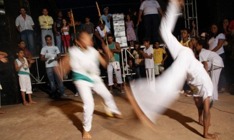 Portal Capoeira Qual é a sensação de jogar capoeira? Publicações e Artigos