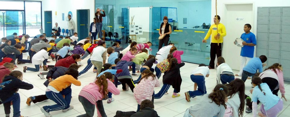 Portal Capoeira Projeto leva aulas de capoeira a alunos das escolas municipais Cidadania