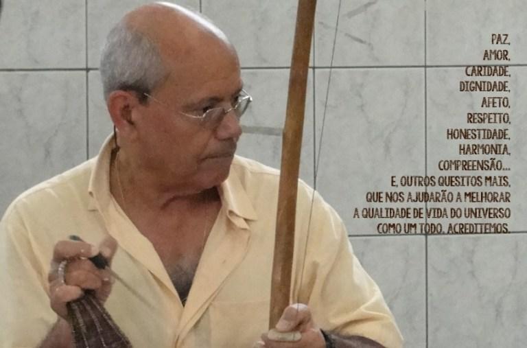 Portal Capoeira Boas Festas: Mestre Gladson e alunos da Projete Liberdade Capoeira Saúde e Comportamento