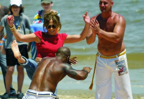 Salvador Grupo Internacional Capoeira Topazio