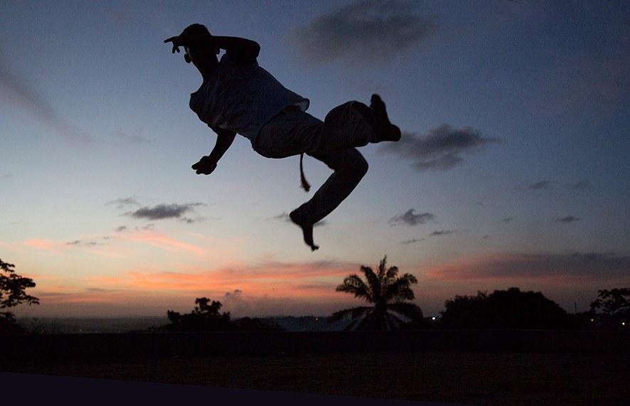 Portal Capoeira Aconteceu: Exposição fotográfica celebra mestres da capoeira de Pernambuco Notícias - Atualidades