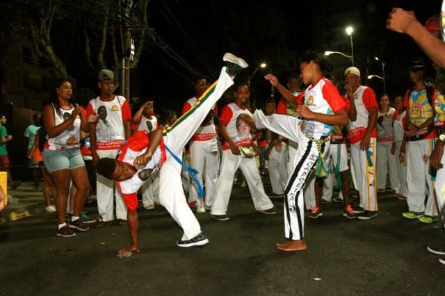 Bahia: Bloco da Capoeira comemora dez anos de folia