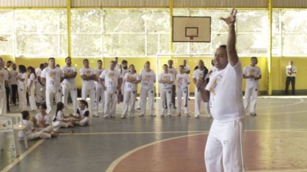 """""""Capoeira Gospel"""" cresce e gera tensão entre evangélicos e movimento negro Capoeira Cidadania Curiosidades Portal Capoeira 1"""