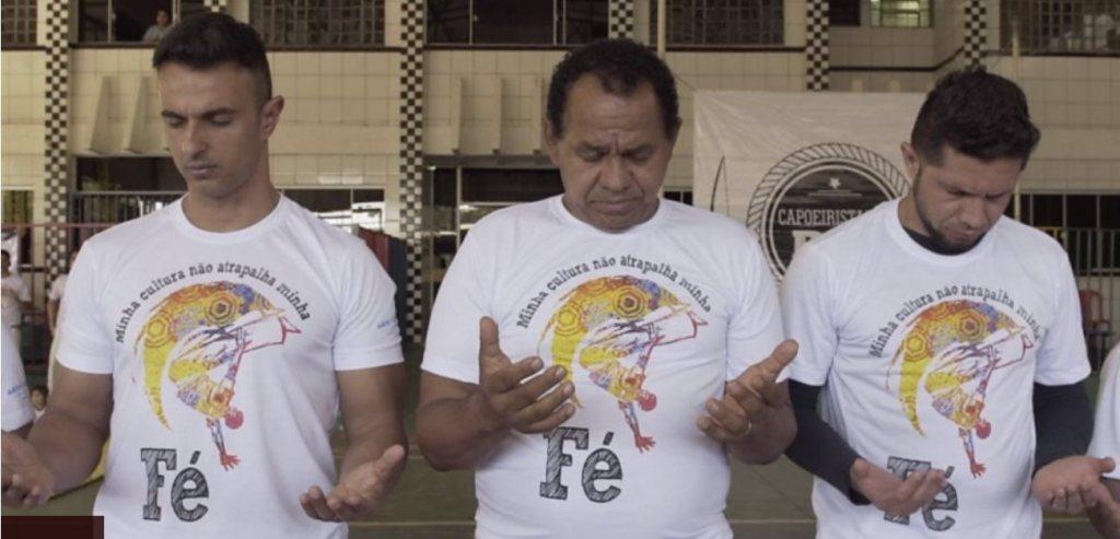 """""""Capoeira Gospel"""" cresce e gera tensão entre evangélicos e movimento negro Capoeira Cidadania Curiosidades Portal Capoeira 3"""