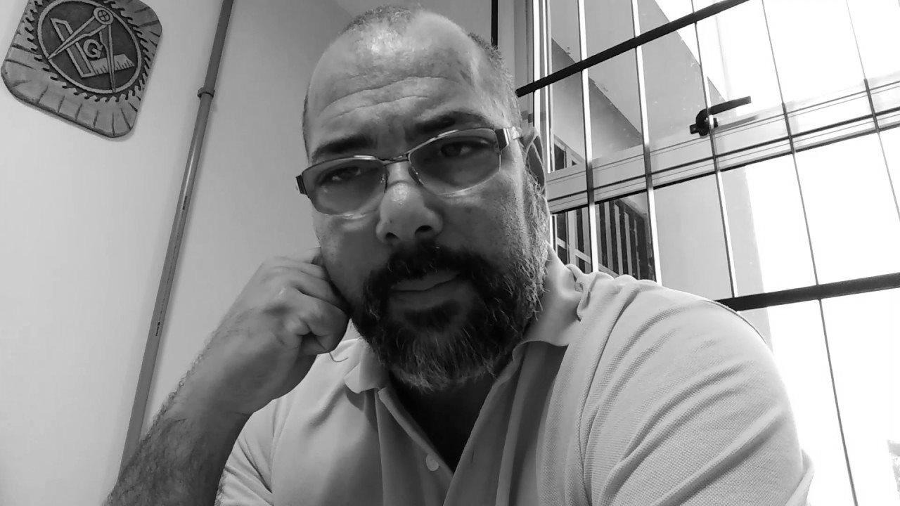 """Capoeira: A leitura do """"todo"""" pela análise da """"parte"""""""