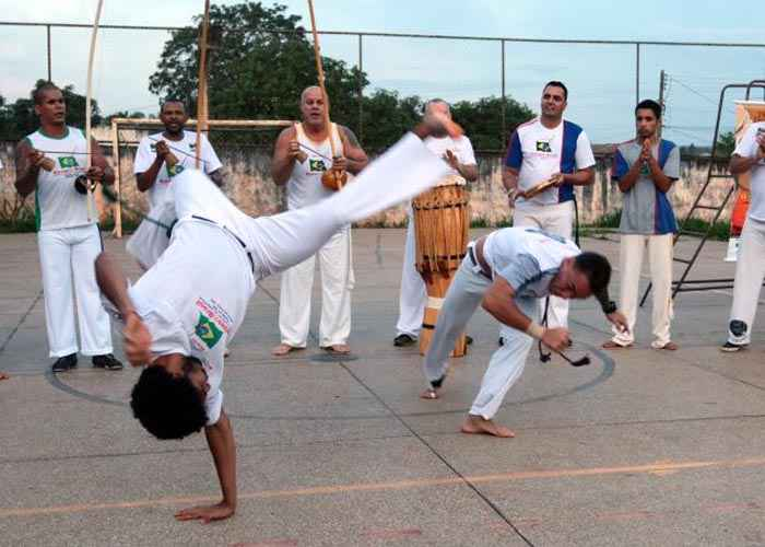 Capoeiristas de todo o mundo se reúnem em Brasília