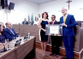 Ex-Prefeito Pedro Sahium recebe homenagem no Legislativo anapolino