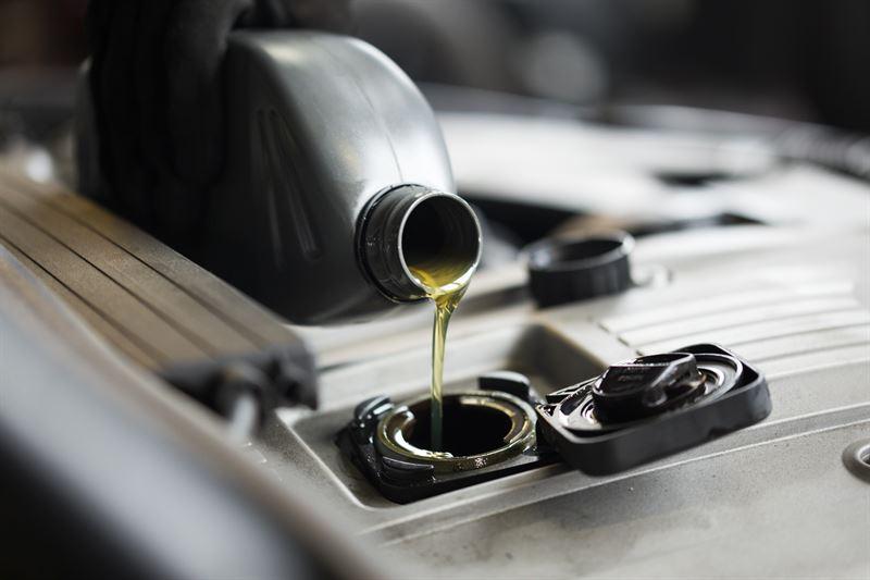 Sklep z tanimi olejami silnikowymi