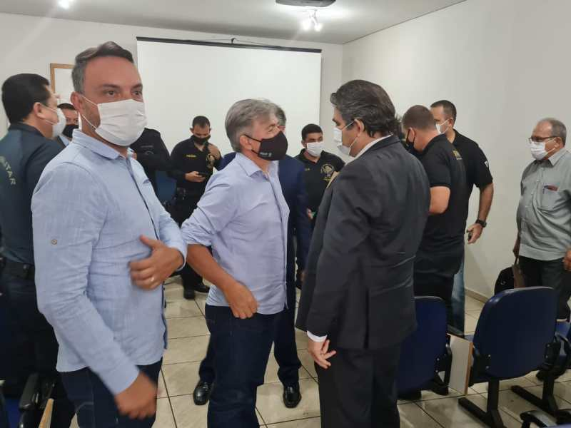 Secretário Municipal de Segurança Pública e Presidente da Câmara Municipal de Ponta Porã Modesto se reúnem com Secretário Nacional de Segurança