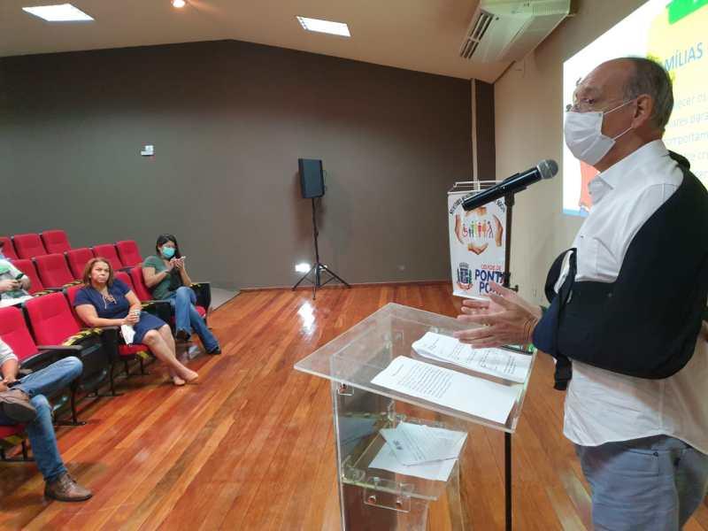 Hélio Peluffo Filho recebe secretária nacional da família em Ponta Porã