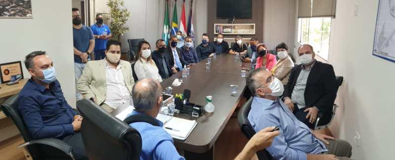 Hélio Peluffo e Eduardo Campos se reúnem com os vereadores e anunciam 500 milhões de reais em obras, empregos e qualidade de vida