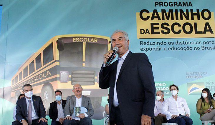 Em parceria com o MEC, governo renova frota e entrega ônibus escolares para 79 cidades