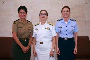 Mulheres das forças armadas do BRASIL