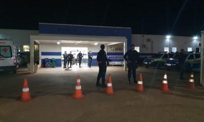 Homem armado invade Hospital e faz ex-mulher de refém em Rondônia