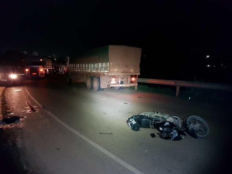 Motociclista fica gravemente ferido em acidente na Ponte do Rio Madeira