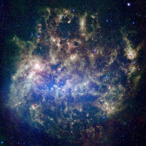 Os enxames de estrelas poderão conter estrelas de várias gerações