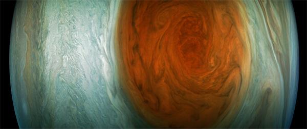 Grande Mancha Vermelha de Júpiter - por Gerald Eichstädt.