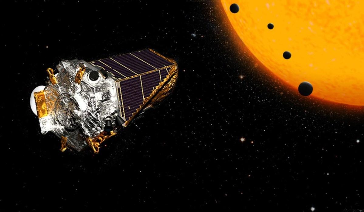E quer dizer Exoplanetas (Em todo o lado)!