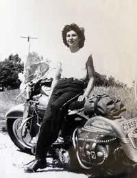 matriarca-das-mulheres-motoqueiras-gloria-tramontin-struck-89-anos
