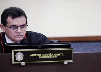 TJAM CONDENA COMPANHIA AÉREA A INDENIZAR FAMÍLIA EM R$ 25 MIL APÓS REGISTRO ERRADO EM BILHETE