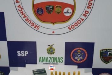 POLICIAIS DA BASE ARPÃO APREENDE MUNIÇÃO ILEGAL EM PORÃO DE BARCO